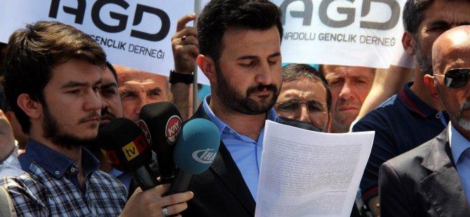 AGD'DEN ÇİN'İ PROTESTO EDEREK DOĞU TÜRKİSTAN İÇİN DUA ETTİ