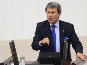 Halaçoğlu'nu istifaya davet etti