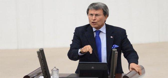 Halaçoğlu'nun CHP'ye uzanan dilini kestiler
