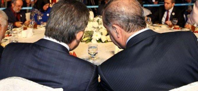Abdullah Gül'le Erdoğan aynı masada