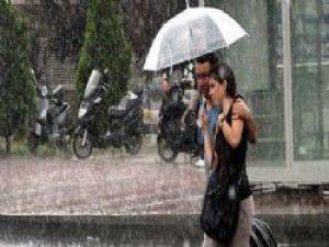 Akdeniz'de Şiddetli Yağmur Uyarısı