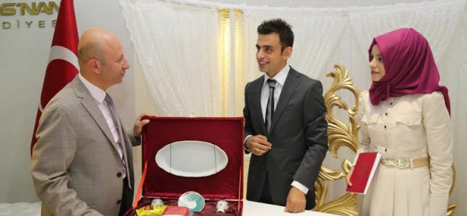 Kocasinan'dan Yeni evli çiftlere hediyeler