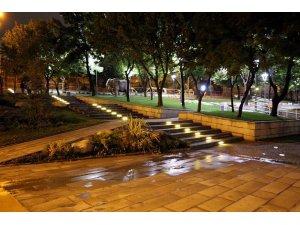 MELİKGAZİ'DE PARKLAR LED'LENECEK