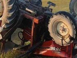 Kayseri'de Kazada Traktör İkiye Ayrıldı