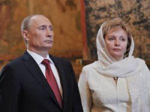 Putin eşinden boşandı