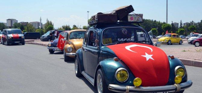KAYSERİ'DE ŞEHİTLERE SAYGI KONVOYU DÜZENLENDİ