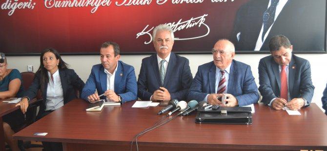CHP MİLLETVEKİLERİ BAŞKAN AYAN'I ZİYARET ETTİ