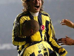 Fenerbahçe'nin eski futbolcusu Tuncay Şanlı, efsane maçta