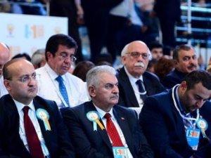 AK Parti'nin 50 kişilik yeni MKYK listesinde Gül'e yakın hiçbir isim YOK