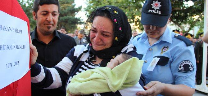 ŞEHİT POLİS KAYSERİ'DE SON YOLCULUĞUNA UĞURLANDI