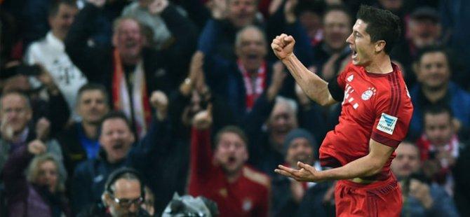 Futbol tarihine geçti oyuna girdi 9 dakikada 5 gol attı