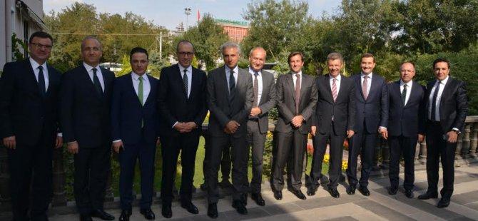 Garanti Bankası Genel Müdür ve Üst Düzey Yöneticileri Kayseri Şeker Ziyaretinde