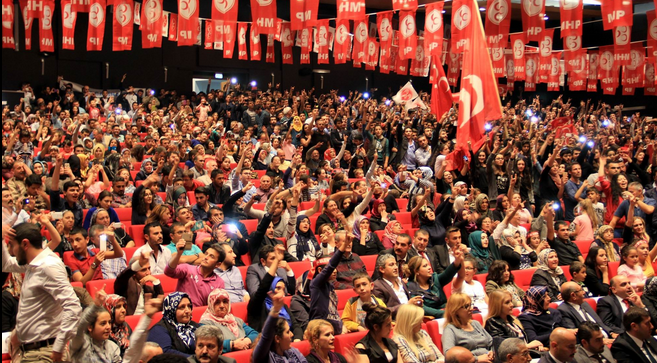 Kayseri'de Mhpliler Ali Kınık'la Çoştu