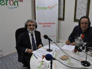 Çuhadaroğlu'nun Konuğu Taner Yıldız