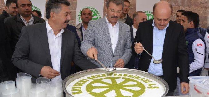 İncesu halkına Kayseri Şeker'den Aşure ikramı
