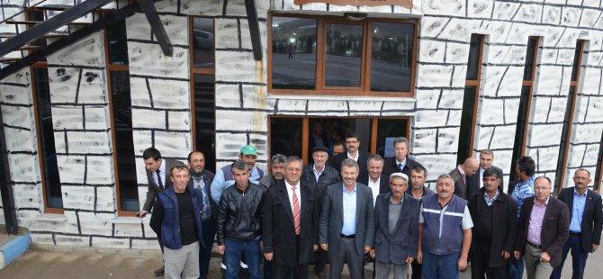 Başkan Akay çiftçilerle ile bir araya geldi