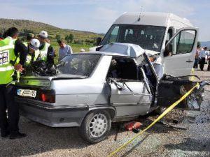 Kayseri'de Trafik Kazası: 9 Yaralı