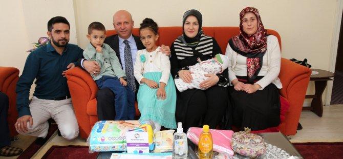 Kocasinan Belediyesi'nden bir ilk Yeni Doğan Bebek Paketi
