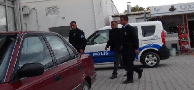 Polis Memuru, Tartıştığı Başhekimi Tabancayla Yaraladı