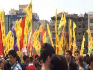 Gezi Parkı Protestocuları Birbirine Girdi!..