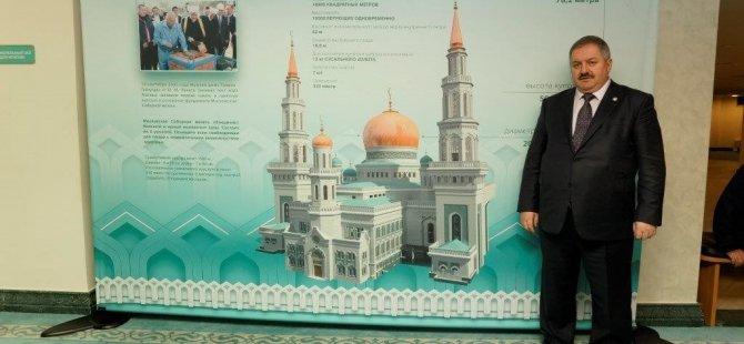 Kayseri Organize heyeti Moskova Camisini ziyaret etti