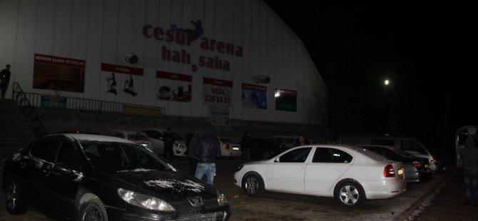 Kayseri'de Hırsızlar iş başında 5 otomobil soydular