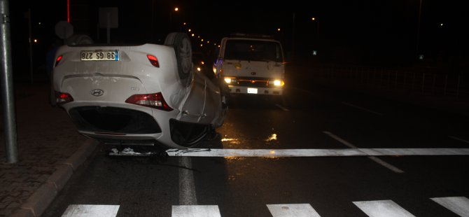 Sivas Caddesi Kumarlı'da Trafik kazası araç hurdaya döndü