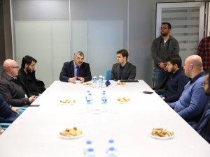 Başkan Çelik, Türkiye Gençlik Vakfı Kayseri Temsilciliği'ni ziyaret etti