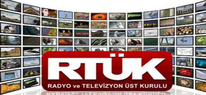 Cami avlusuna bırakılan televizyonlar.....