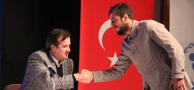 Ali Gültiken ve Zeki Yavru Kayserili gençlerle buluştu