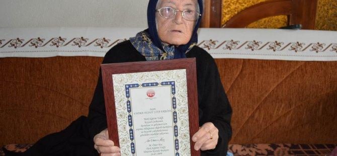 Türk Eğitim Vakfına Evlerini bağışladılar