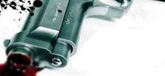 Hasta yakını silahını ateşledi, doktor vuruldu