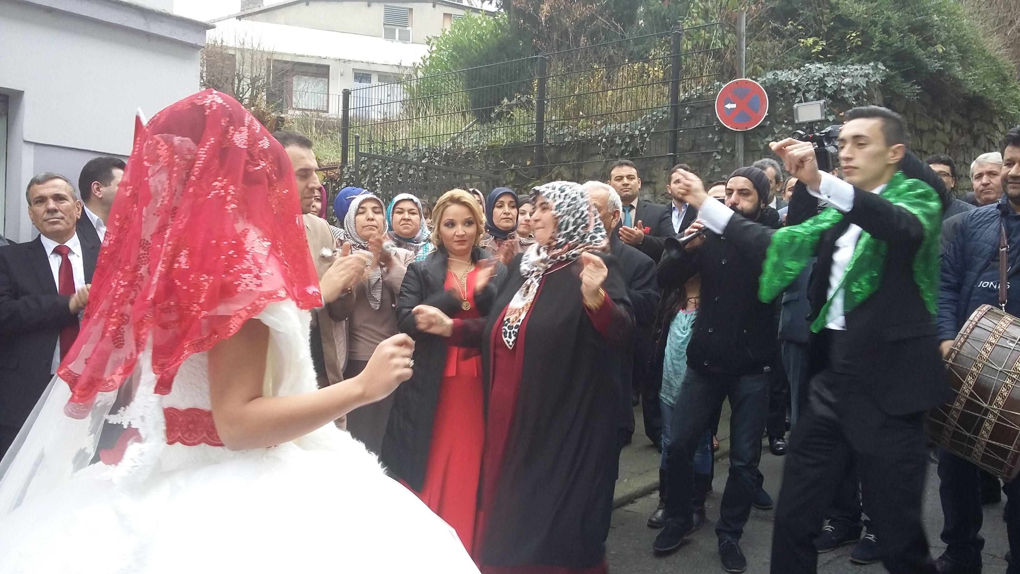 Mustafa Yılmaz oğlu Aydını evlendirdi