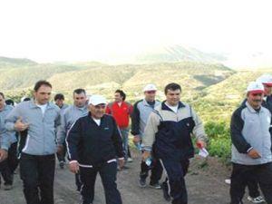Melikgazi Belediye Personeli Sabah Sporu Yapıyor