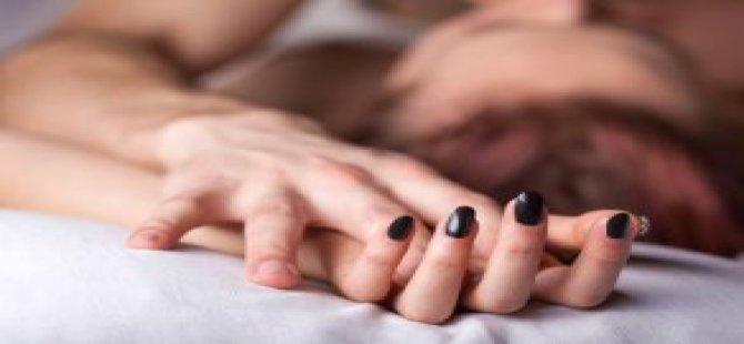 Öğretmeniyle İlişki Yaşayan Kızı, Babası Yakaladı