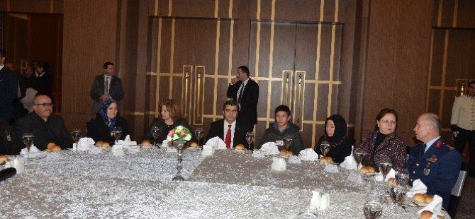 Kayseri'de 14 Şehit Ailesine Daire Hediye Edildi