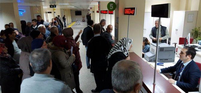 SSK ve Bağkur Emeklisine 100 lira zam onaylandı