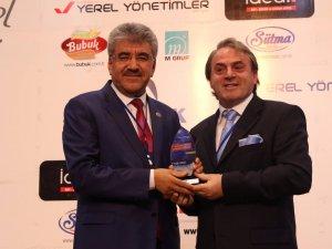 Başkan Ergül'e Bir Ödül de Anadolu Yerel Yönetimler Dergisi'nden