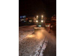 Kocasinan Belediyesi'ne bağlı karla mücadele