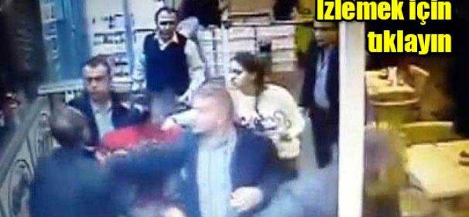 Kayseri'de garsona tekmeli ve bıçaklı saldırı-video.
