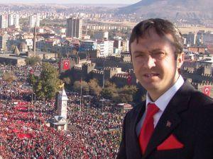 Bünyan Belediye Başkanı Mehmet Özmen