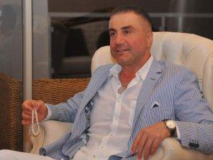 Sedat Peke  şehit ailesine ev aldı