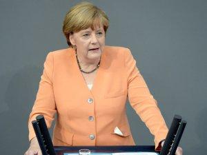 Almanya Başbakanı Merkel Terörün asıl hedefi özgürlüktür