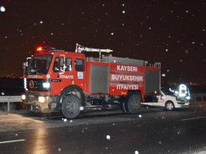 Kayseri Kuzey çevre yolunda Trafik kazası:1 ölü 8 yaralı