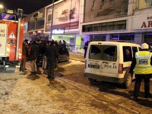 Eski Sanayi Osman kavuncuda Beyaz eşya dükkanında patlama:1 ölü