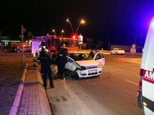 Kayseri'de feci kaza otomobiller kafa kafaya çarpıştı: 6 yaralı