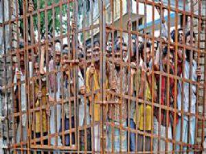 Myanmar'dan kaçan 14 müslüman'a Endonezya'da hapis cezası!