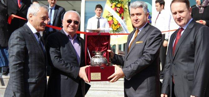 Bakan Elitaş İncesu Adalet Sarayı açılışını yaptı