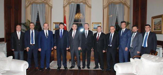 KAYSO'dan Abdullah Gül'e Taziye Ziyareti