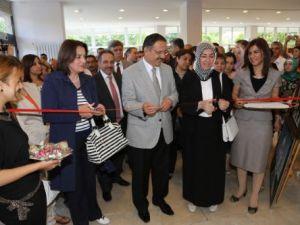 Başkan Özhaseki resim sergisi açılışı yaptı